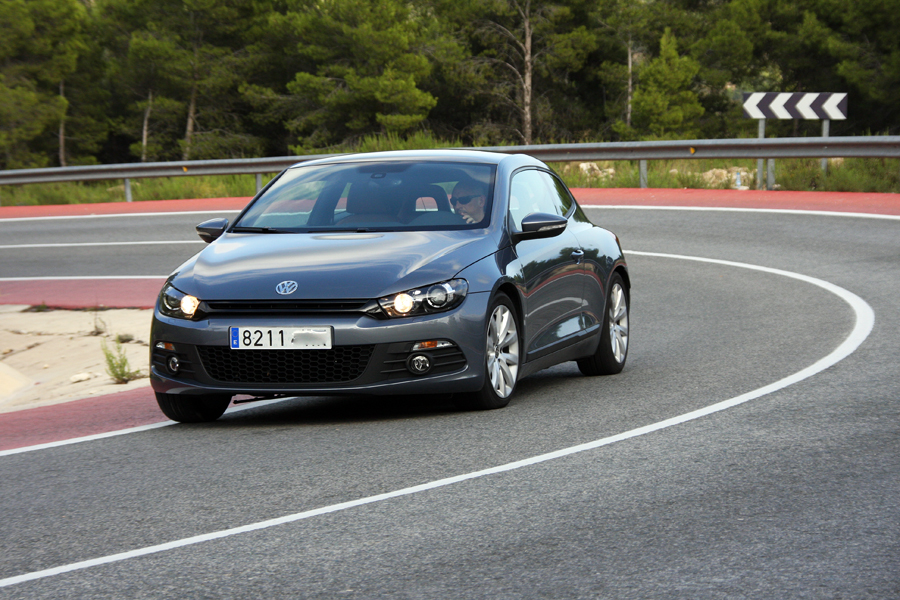 volkswagen scirocco 1 4 tsi 160 cv. Black Bedroom Furniture Sets. Home Design Ideas