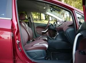 Ford Fiesta 1.6 TDCi asientos, Rubén Fidalgo
