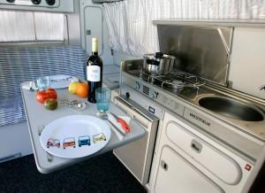 Las Camper son un todo en uno: hotel, restaurante y medio de transporte.