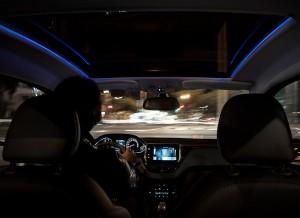 Peugeot 208, detalle luces