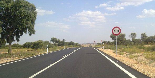 Tráfico reduce a 90 km/h el límite en carreteras secundarias