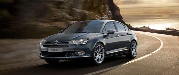 Citroën C5 y Citroën C8: nueva imagen y equipamiento