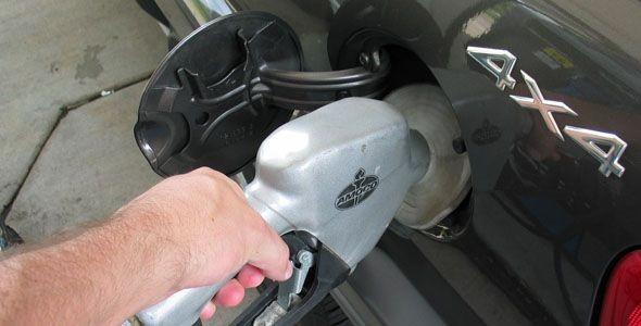 La gasolina supera el umbral de los 1,4 euros el litro