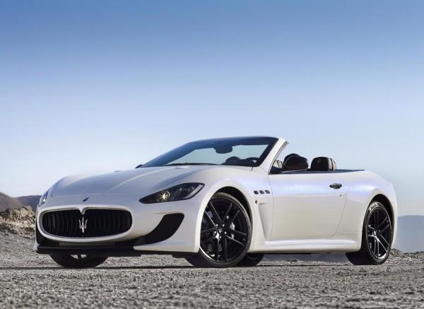 La elegancia de este Maserati descapotable es evidente.