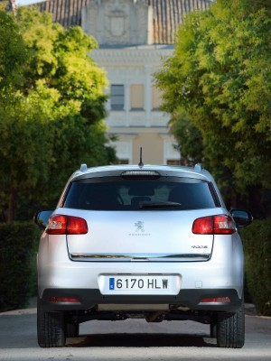 Peugeot 4008, trasera