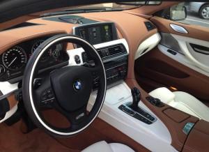 La decoración interior del BMW Serie 6 Gran Coupe es tan llamativa como elegante.
