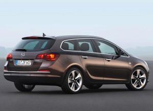 El Opel Astra Sports Tourer también recibe el nuevo motor 1.6 SIDI.