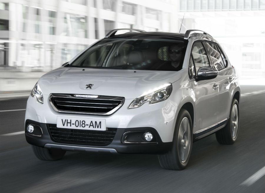 El Peugeot 2008 cuenta con dos sistemas que facilitan mucho la vida, el Grip Control y el Park Assist.