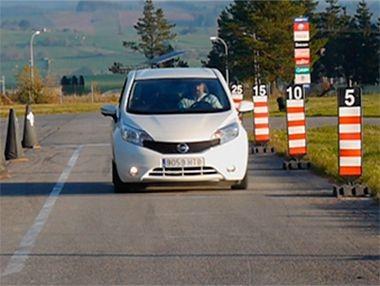 Vídeo prueba del Nissan Note 1.5 dCi 90 CV Tekna Premium 2013