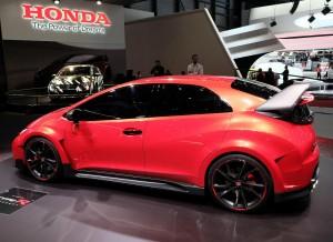 Esperemos que la versión definitiva del Honda Civic Type R Concept no difiera mucho de lo que hemos visto en Ginebra, ¿no?