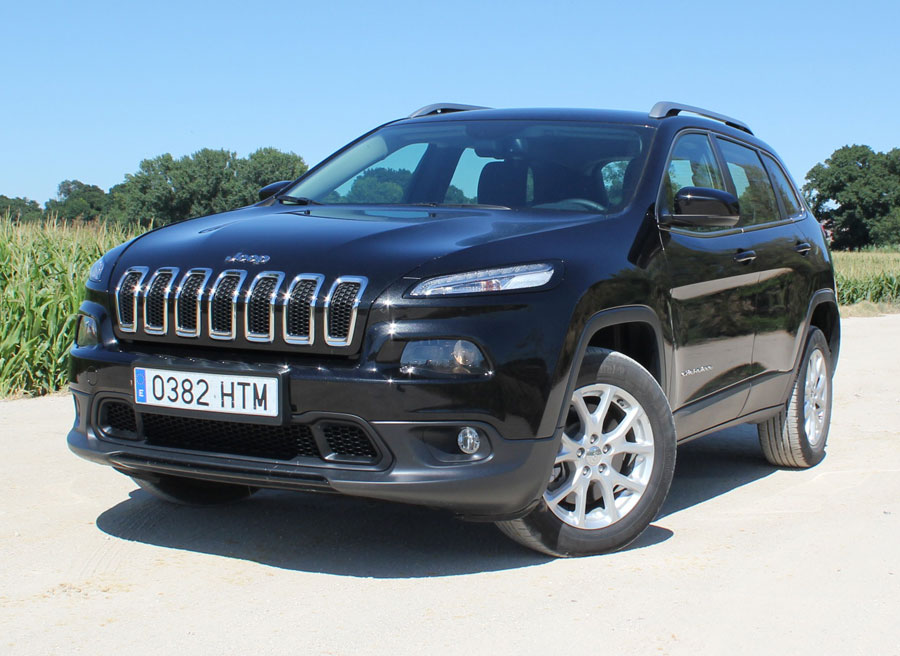 prueba jeep cherokee 2 0 dsl longitude 4x2 2014. Black Bedroom Furniture Sets. Home Design Ideas