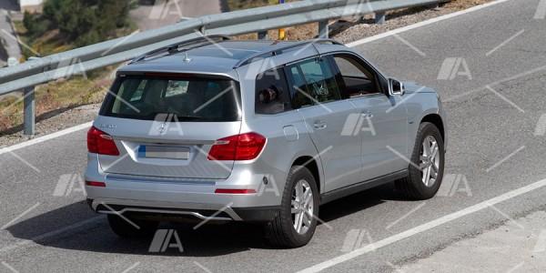 Fotos espía de la pila de combustible de Mercedes-Benz