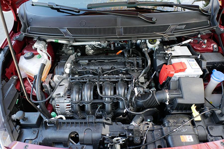 El motor tiene un funcionamiento suave, pero le falta par.